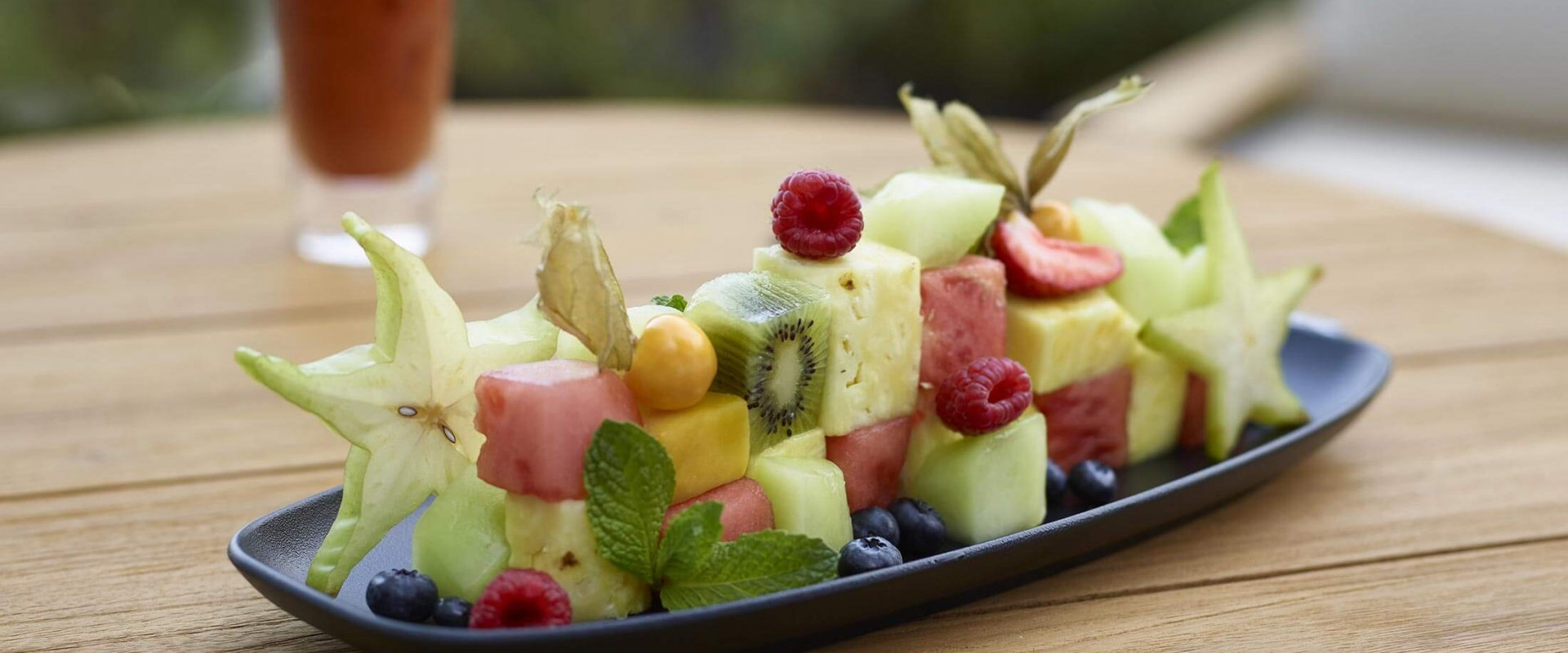 Beautifully presented fruit plate from D/6